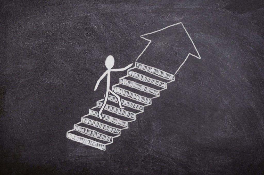 7 Strategien zur optimalen Darstellung einer abgebrochenen Ausbildung im Lebenslauf.